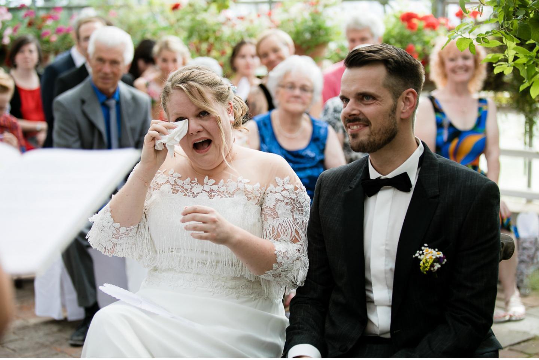 glückliches Brautpaar, Traurednerin Yvonne Lukowski, Trauredner Chiemsee, Freie Trauung, Heiraten im Chiemgau