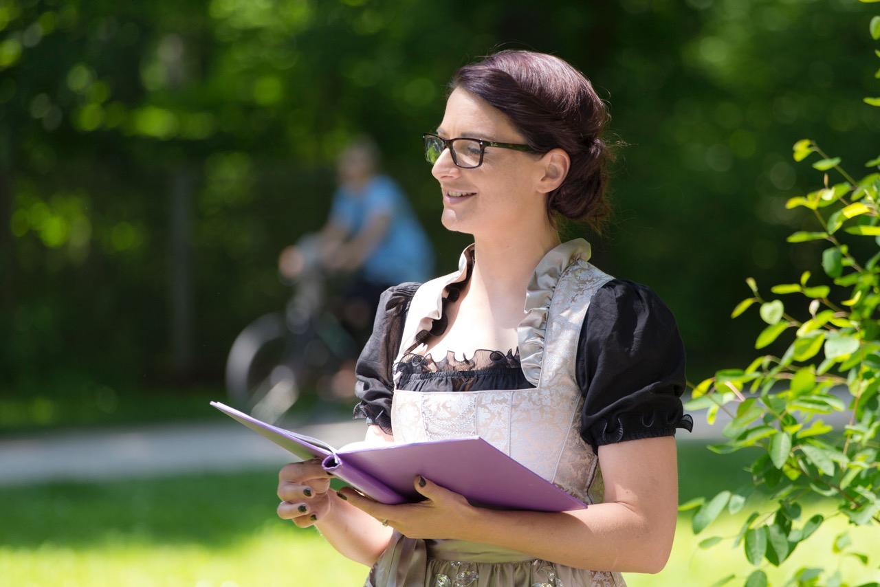 Traurednerin Yvonne Lukowski, Trauredner Chiemsee, Freie Trauung, Heiraten im Chiemgau